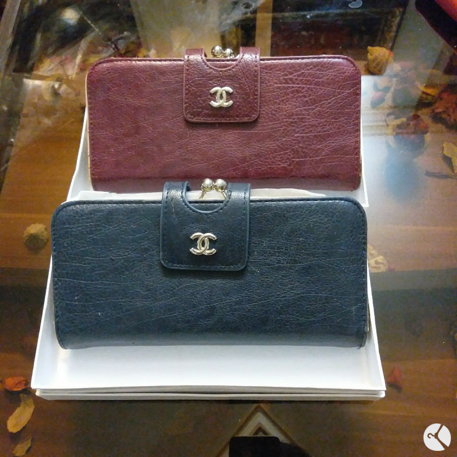 کیف پول دستی