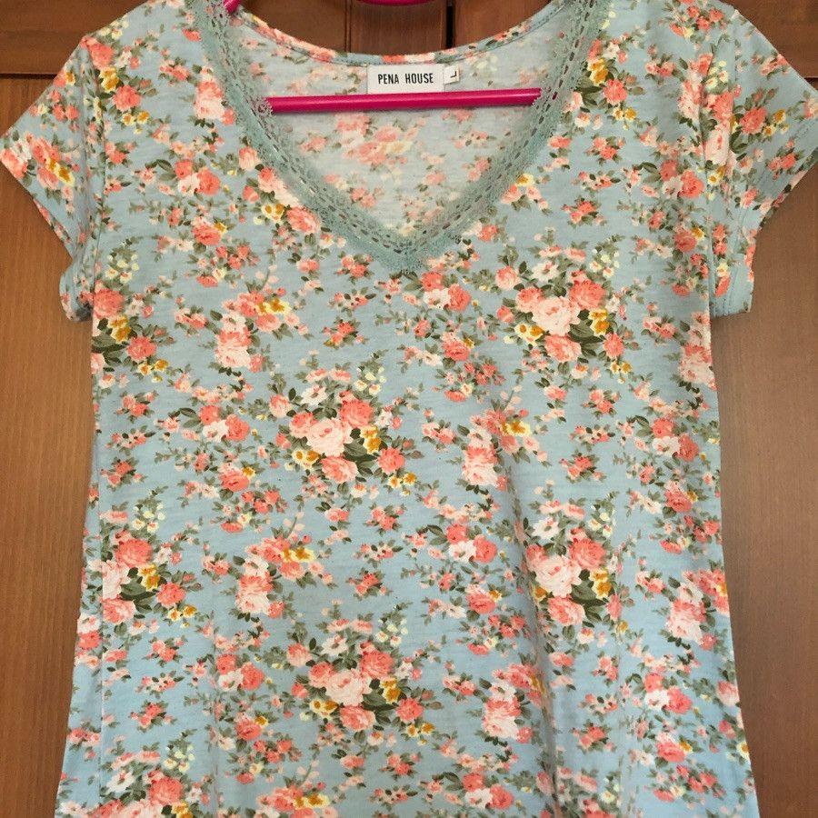 تی شرت آبی گلدار pena